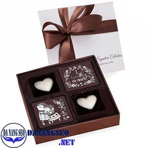 Mau-hop-dung-sococal-dep-cho-Valentine-hop-chocolate-cao-cap